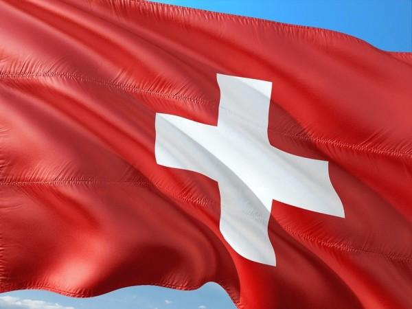 SchweizFahneUDphFp0Hua70m